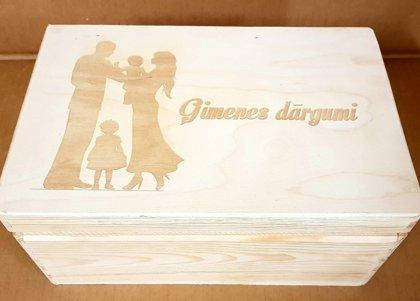 Koka kaste ar gravējumu 20x30x10cm